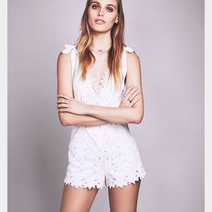 Saylor + Free People White Lace Romper Size M